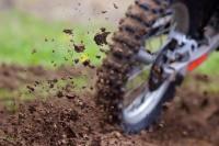 Pr�s de 250 pilotes ont concouru pour le 108e motocross sur les remparts du Quesnoy.<br />PHOTO JOHAN BEN AZZOUZ / LA VOIX DU NORD