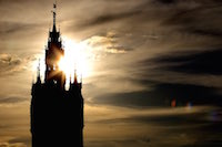 En marge des f�tes de Gayant, le Beffroi, symbole de la cit� des G�ants.<br />PHOTO JOHAN BEN AZZOUZ / LA VOIX DU NORD