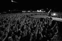 Concert de cl�ture du festival avec Indochine devant 30000 spectateurs.<br />PHOTO JOHAN BEN AZZOUZ / LA VOIX DU NORD