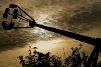 En marge de la braderie de Lille, la foire aux manèges.<br />PHOTO JOHAN BEN AZZOUZ / LA VOIX DU NORD